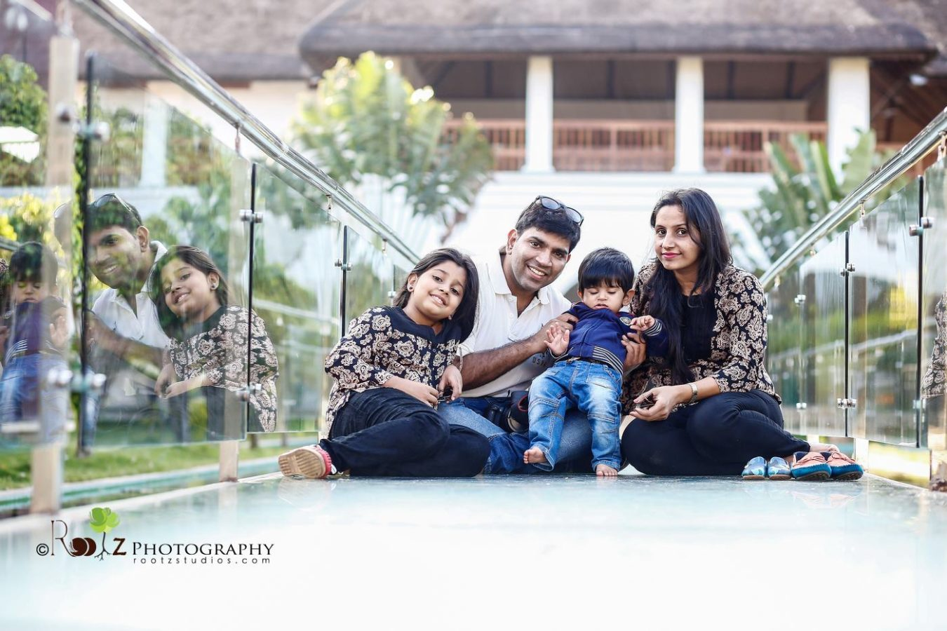 Family Outdoor Photo shoot in Pondicherry