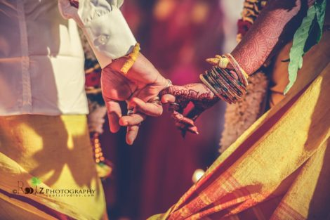 Vijay - Keerthi Kumbakonam - Wedding Candid Rootz Photography
