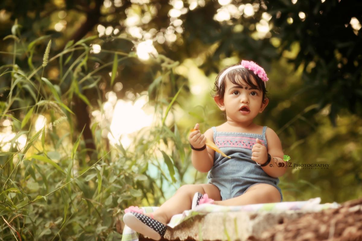 Evaara - Outdoor Kids Photography